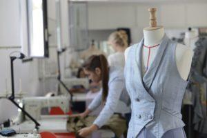 Read more about the article Que faut-il savoir avant de se lancer en couture ?