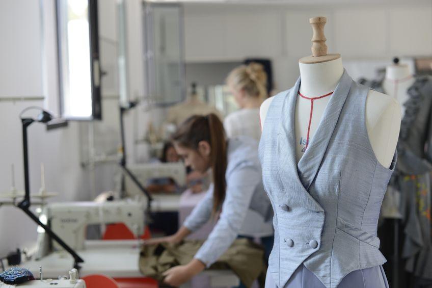 You are currently viewing Que faut-il savoir avant de se lancer en couture ?